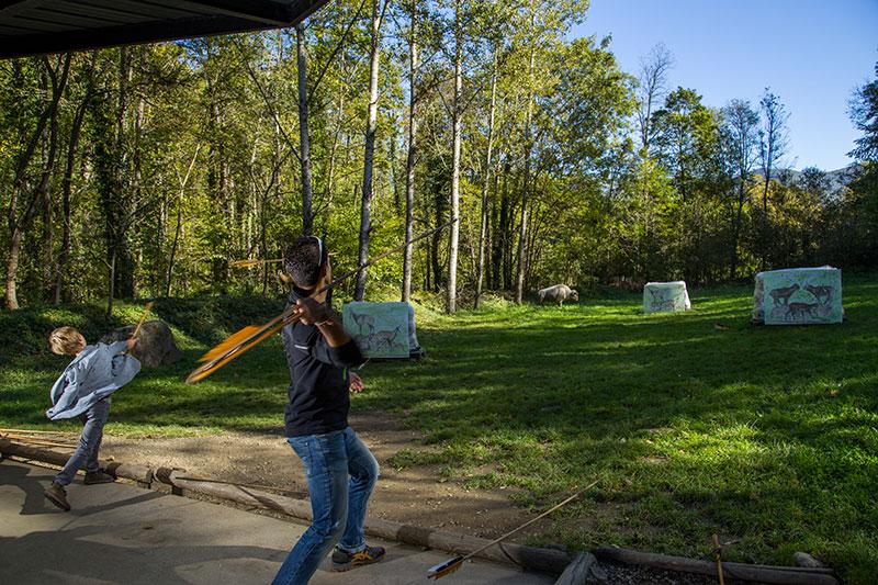 Atelier chasse du Parc de la Préhistoire