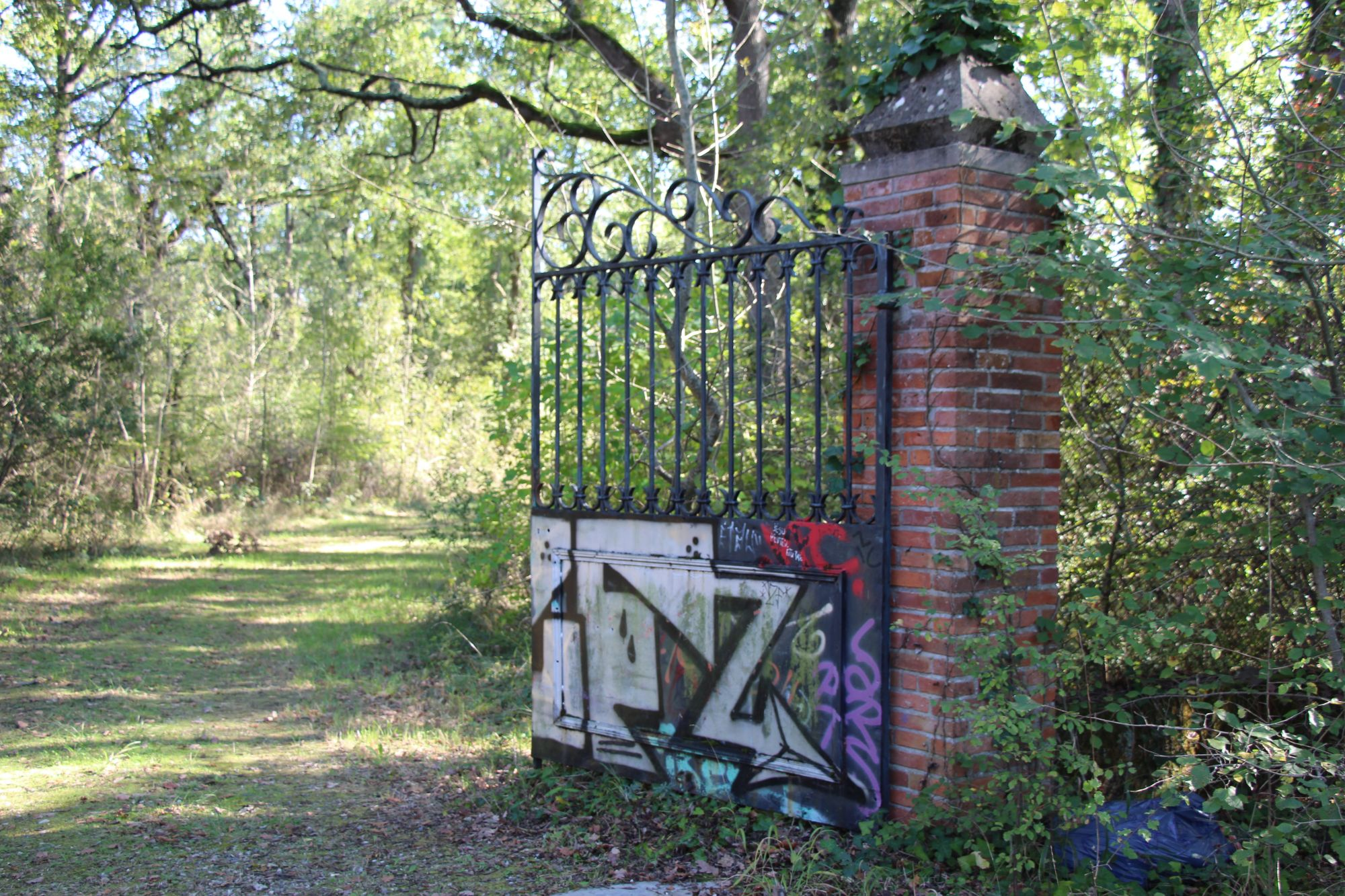 Ancien portail