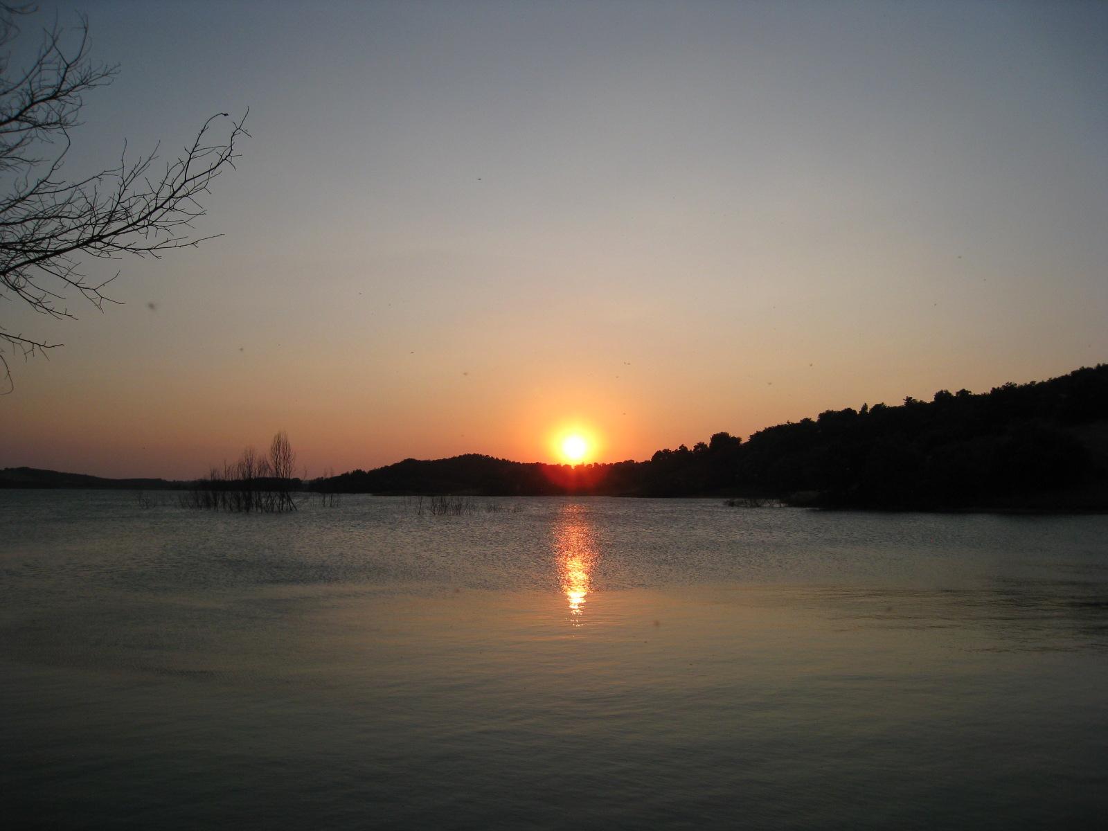Coucher de soleil au lac de la Ganguise
