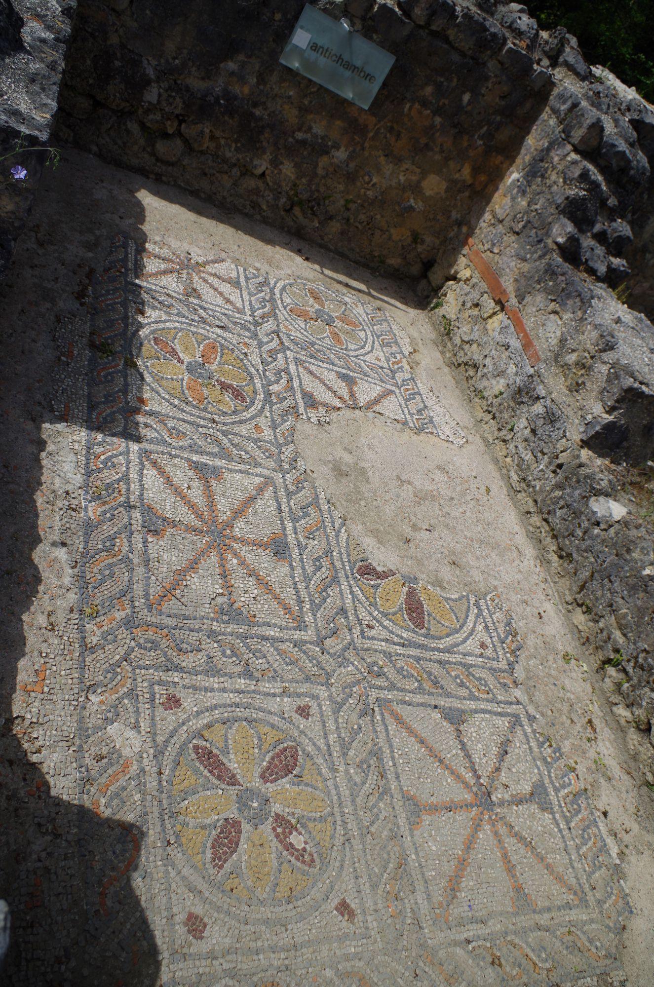 Mosaïques à la Villa gallo-romaine de Montmaurin