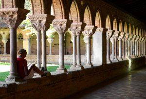 Se régaler les yeux d'une abbaye et les papilles de raisin