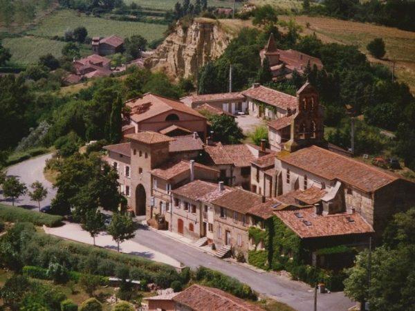 Vue aérienne de Clermont-le-Fort