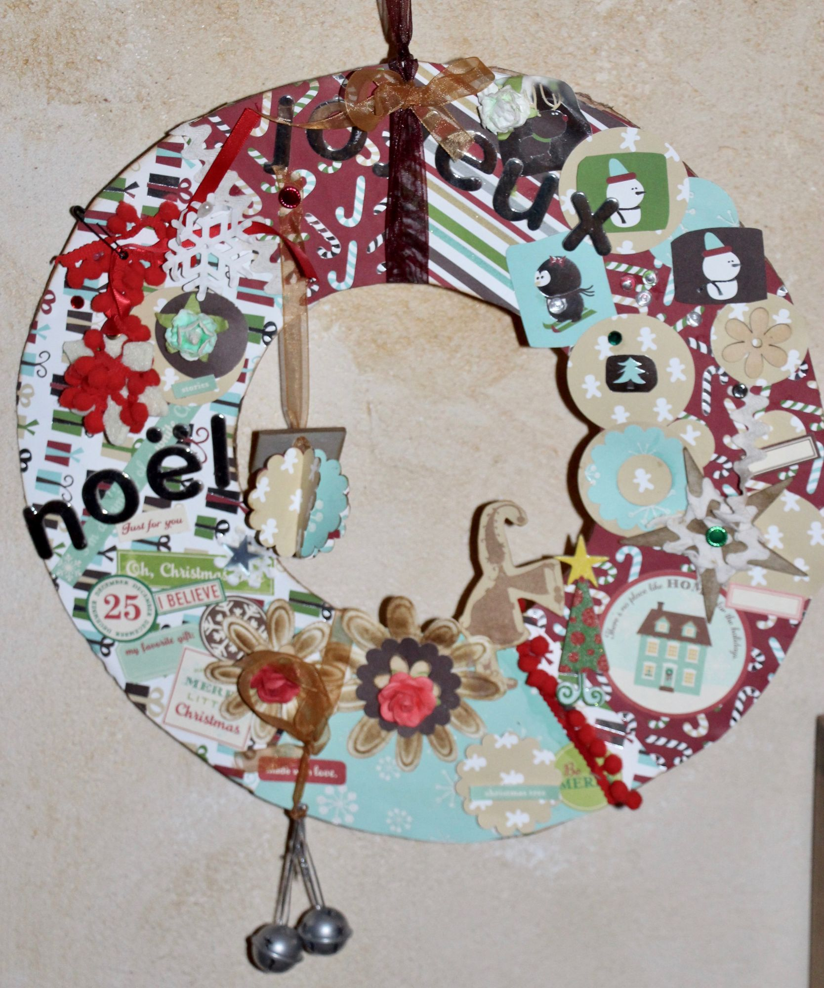 Couronne de Noël en Scrap booking